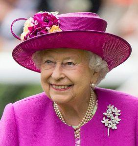 Queen Elizabeth, June 24, 2017 in Rachel Trevor Morgan | Royal Hats