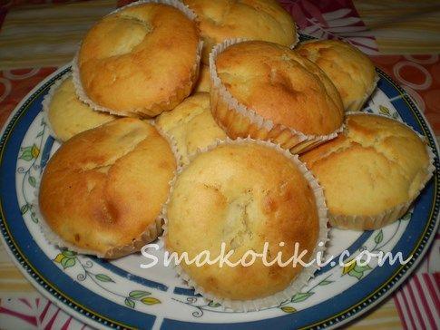 Кукурузные кексы с бананами. Пошаговый рецепт с фото на Smakoliki.com