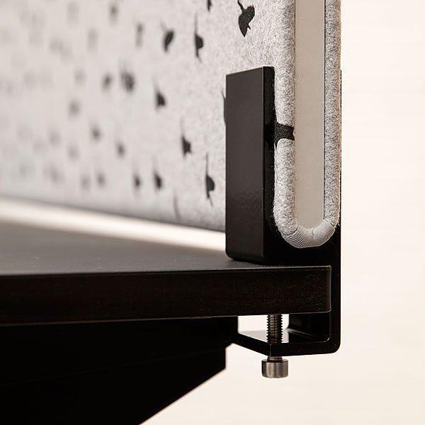 Bordskærme: Akustikløsninger med enkle og æstetiske detaljer. Mange tekstildesigns. Se kollektionen her: http://kurage.dk/akustik/