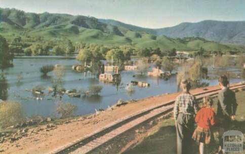 Old Tallangatta peeping out from the floodwaters
