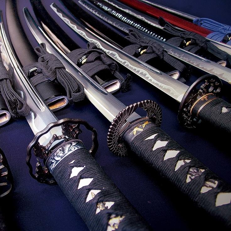 Фото лучших самурайских мечей рассказывали