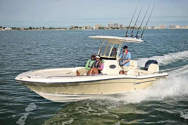 Small boat handling tips and tricks from BoatUS Magazine
