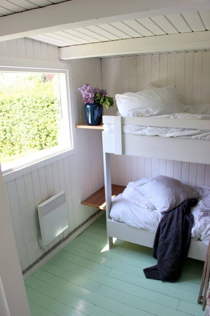 Børne/gæsteværelse med plads til 2 fuldvoksne mennesker