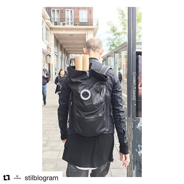 We need to share this! Great photo, Thanks to @stilblogram #backpack #rolltopbackpack #blackbub #blindchicsale #blindchic