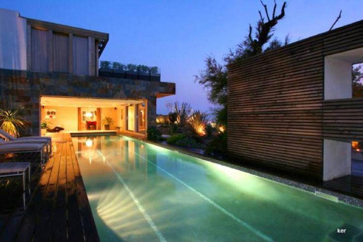 68 best images about maisons vendre les pieds dans l 39 eau - Propriete de prestige studio schicketanz ...