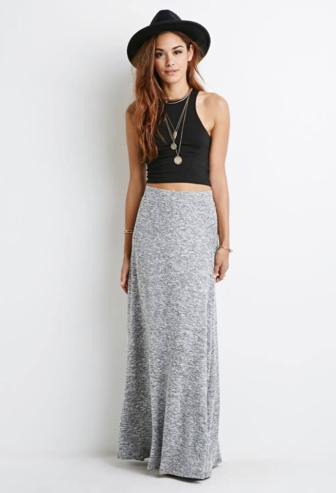 Nice boho look: Black cropped top, gray long skirt, necklace and black hat