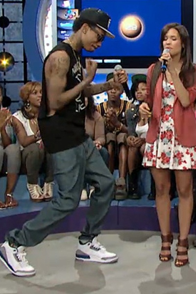 Wiz Khalifa rockin Air Jordan III http://celebritysneakerstore.com/