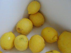 Φτιάξε σπιτική λεμονάδα