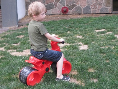 Enter to win! Open to US and Canada.  PlasmaBike from Plasmart.: Teaching Co Ordinal, Wide Wheels, Young Age, 17 Months