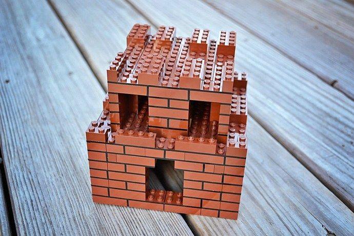 Building a new Super Mario Bros. LEGO aquarium