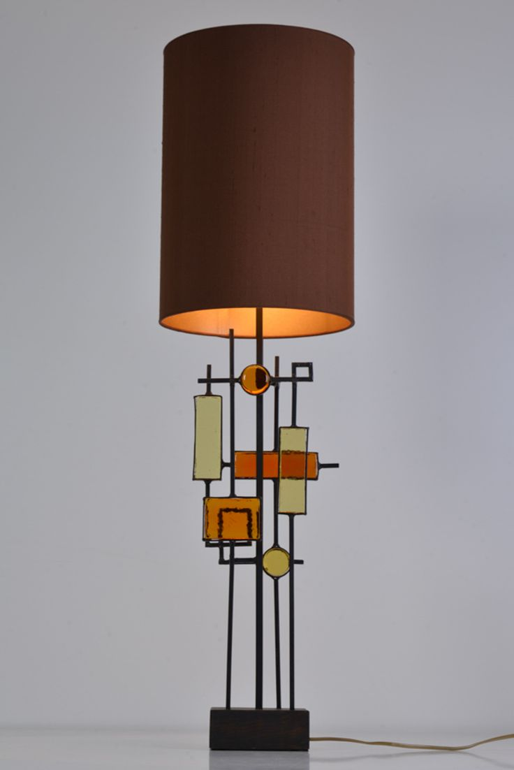 Tall sculptural table lamp by Svend Aage Holm Sorensen for Holm Sorensen, Denmark, 1960. Custom made lamp shade by Rene Houben
