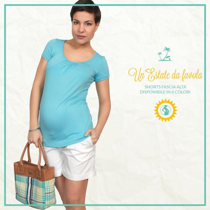 Shorts premaman per un'estate confortevole e alla moda Indossa gli shorts premaman freschi ed alla moda per trascorrere in libertà e spensieratezza i giorni più caldi della tua gravidanza.