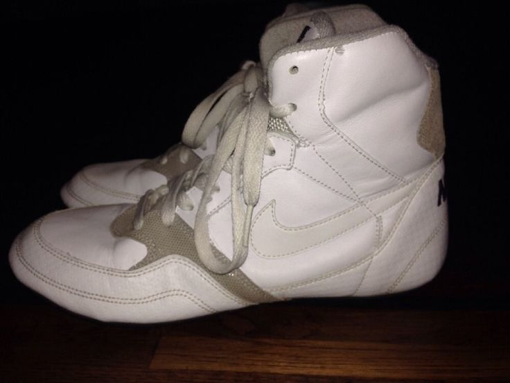 RARE Nike Greco Supreme Wrestling Shoes Womans White Size 9 Great Condition  | eBay