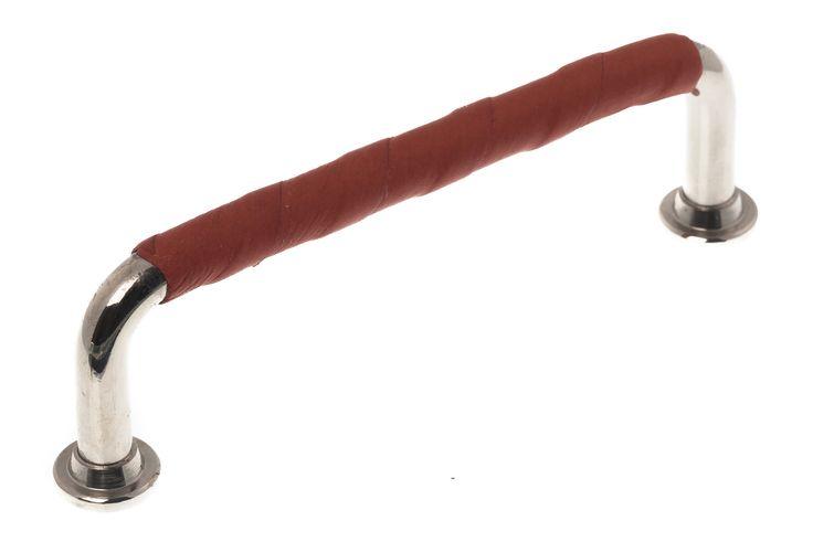 Leather handle. Chrome. Kökshandtag i läder. Läderlindat handtag. It's Design.