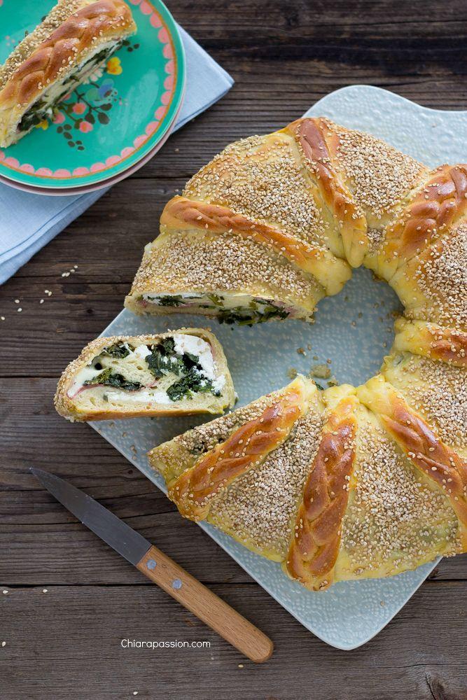 corona_salata, pan brioche, bread ring