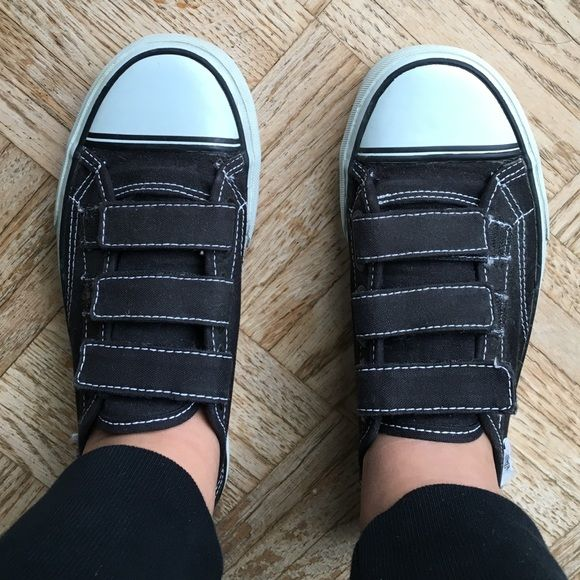 Women's Vans Velcro Sneakers Worn, but good/fair condition. Fringed Vans tags on sides. Sole slightly yellow, some lint in Velcro. Still super cute!! Vans Shoes Sneakers