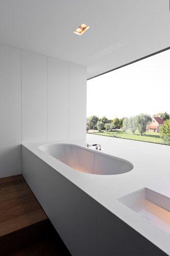 .Bathroom Design, Bathroom Dreams, Bath Tubs, Modern White Bathroom, Modern Bathroom, Bathtubs, Interiors Bathroom, Minimalist Bathroom, Minimal Bathroom
