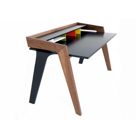 LD Desk: design desk, design from Jon Goulder. | Design bureau.