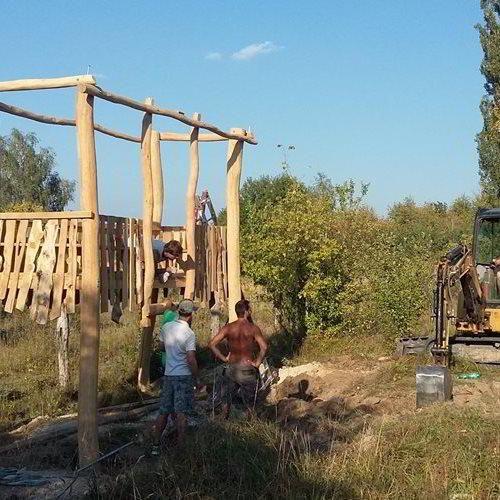 Kudy z nudy - U divokých koní v Milovicích vyrůstají dvě vyhlídky pro návštěvníky