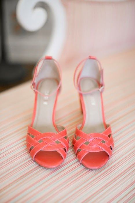 Southwestern Style: Coral Shoes. Source: Belle The Magazine #weddingshoes #coral #southwesttheme