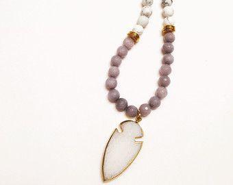 Halskette Perlen Quaste von ShopDesignsByKenzie auf Etsy