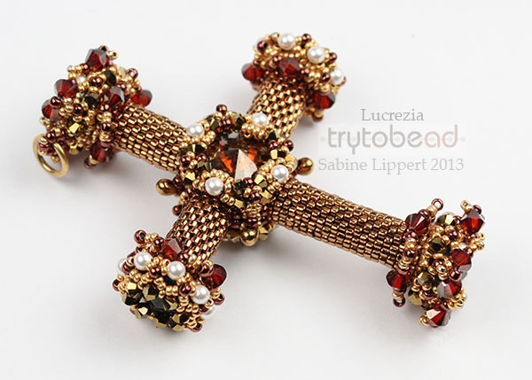 Lucrezia by Sabine Lippert from Try to Bead website.