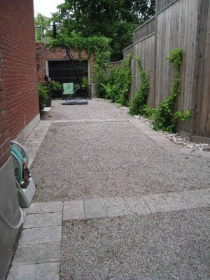 pea gravel driveway...I hope my own looks  like that when it's done...