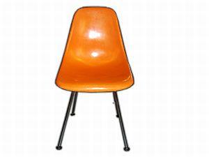 stella fiberglas chair eames style