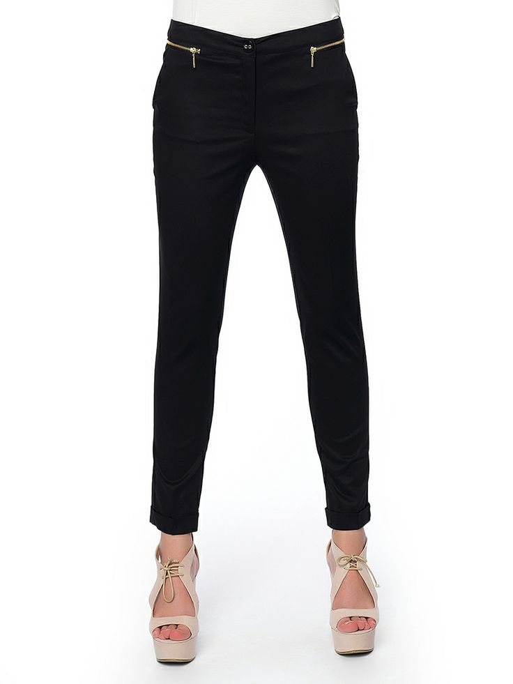 #black#pants #office_mode is on!