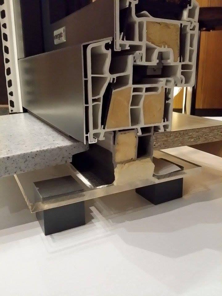 "aluplast  Κούφωμα επιτομής της τεχνολογίας συνδυάζοντας τις τεχνολογίες ""powerdur inside"" , ""bonding inside"" και την ""foam inside"""