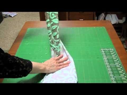 Make a Mobius Scarf! - YouTube. Clever and easy sewing tutorial for the mobius scarf.