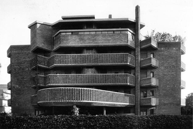 Name: Villa Fiorita.  Architect: Julio Lafuente, con Ing. Gaetano Rebecchini  Location: Roma, Italia  Year: 1965