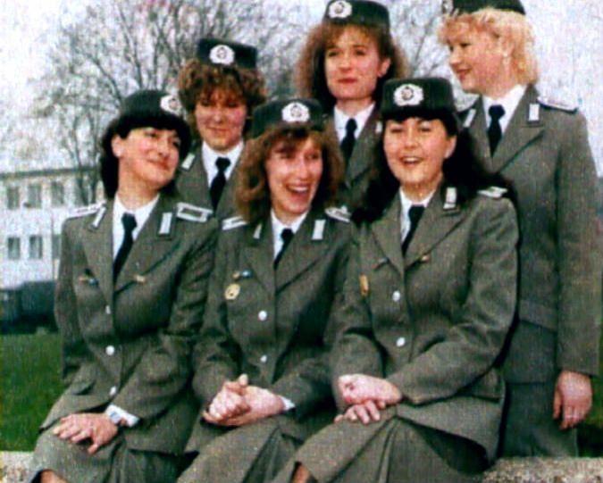Bildergebnis Fur Frauen Ddr Ddr Soldatin Ddr Produkte