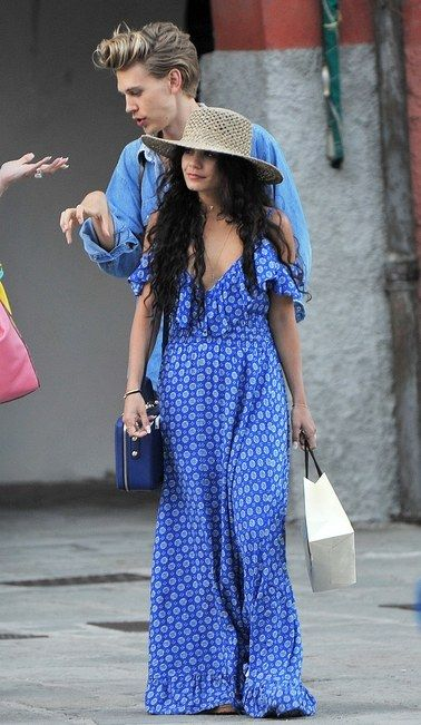 Vanessa Hudgens Vacationed With Her Boyfriend in the Perfect Summer Dress