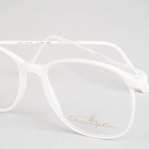 Montura de gafas blancas. Imprescindibles!!