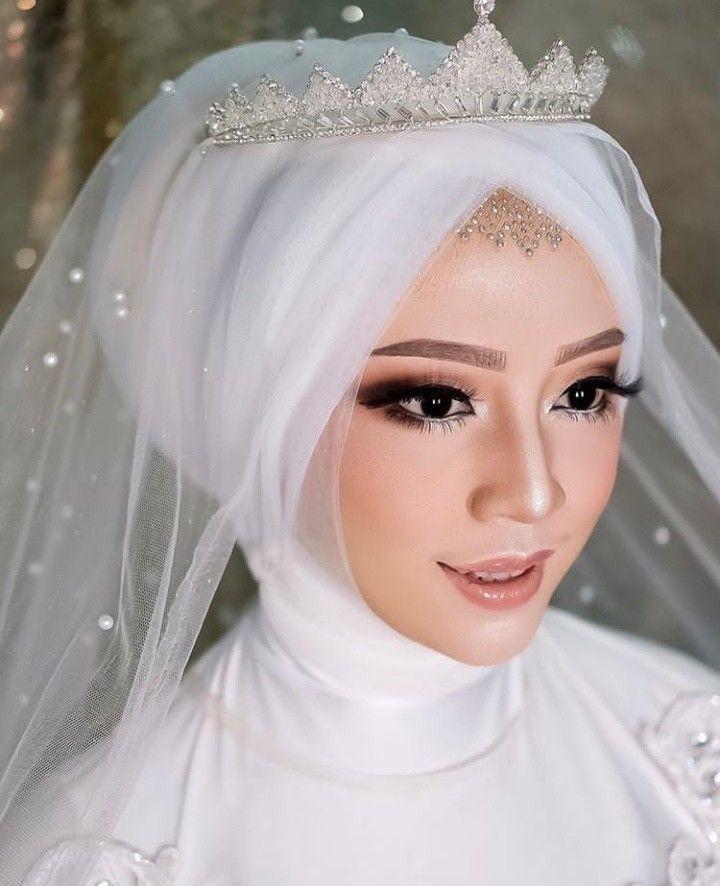 Pin Oleh Nurul Iman Di Hijab Pengantin Rias Wajah Pengantin Gaya Pengantin Pengantin