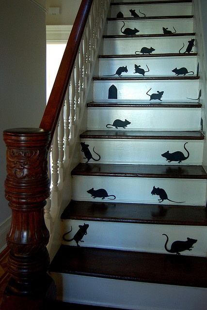 Halloween Mice: Mice Silhouette, Decor Ideas, Stairs Risers, Halloween Decor, Halloween Parties Decor, Cute Ideas, Martha Stewart, House, Mouse Silhouette