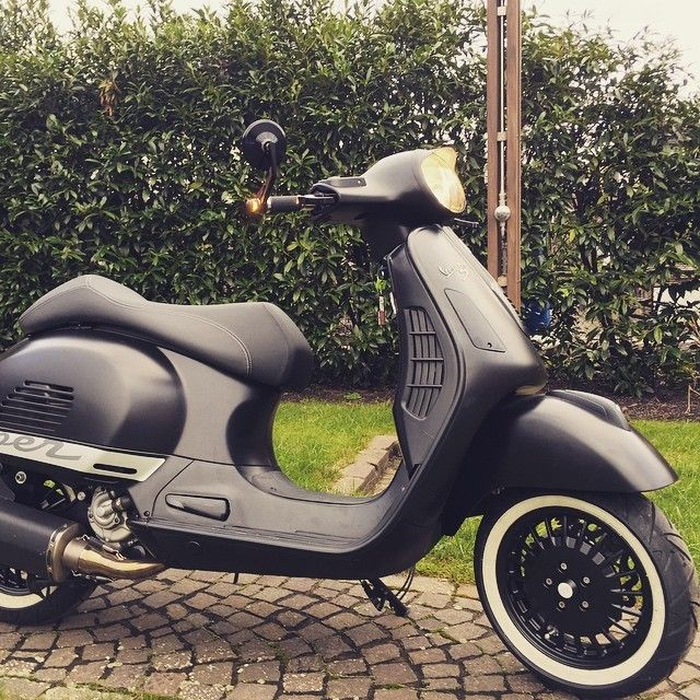 25 best ideas about vespa 300 on pinterest vespa gts. Black Bedroom Furniture Sets. Home Design Ideas