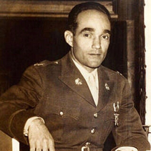#AlixPasquet a World War II fighter pilot, one of only 5 Haitian members of the Tuskegee Airmen, a soccer star, & a political revolutionary. #28daysofblack