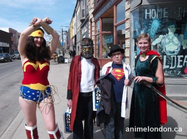 more Cosplay grab bag after they bagged some free comics #FCBD2015