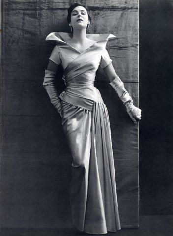 Jeanne Lanvin Evening Gown | Photo Philippe Pottier, 1950.