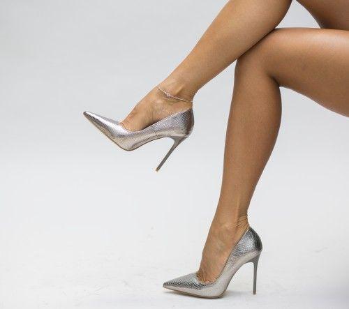 Pe Bazar-net.ro un magazin online de reduceri si oferte gasesti: Pantofi Budy Gri un produs la reducere vandut de dEpurtat.ro la pretul de 85.0 de lei. Daca vrei sa comanzi acest produs da CLICK pe…