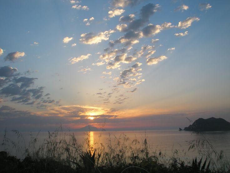 Enalion apartments-Lemnos-sunset view-Agios Ioannis beach-Ενάλιον-Eνοικιαζόμενα διαμερίσματα-θέα στο ηλιοβασίλεμα-παραλία Αγίου Ιωάννη