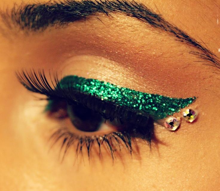 Green Sparkly Eyeliner & Rhinestones