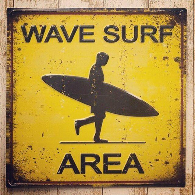 去年あっという間に完売してしまった人気のサインボードWAVE SURF AREAが今年も入荷いたしました厚手のメタル看板で文字はエンボス加工サビもリアルに再現された品質の高さが魅力ですポンと置くだけでインテリアがビーチの雰囲気になっちゃいます南国/ハワイ/マリン/サーフ/カリフォルニアテイストのインテリアでコーディネートしているあなたにオススメ #signboard #surf #beach #CALIFORNIA #RonHerman #fredsegal #WTW #BASEec #サインボード #看板 #ロンハーマン #カリフォルニア #ダブルティー #フレッドシーガル #ハワイ #サーフィン #インテリア #ワーゲンバス #海を感じるインテリア #鳩ヶ谷ベース