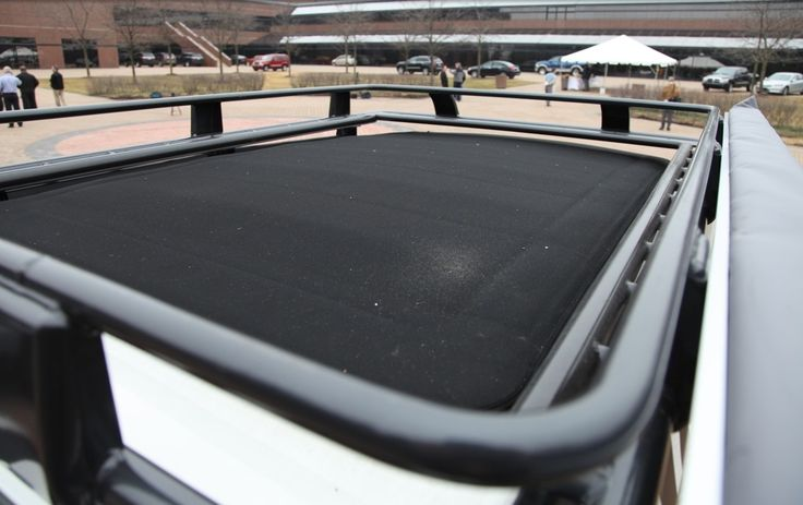 Jeep Liberty Overland Roof Rack w/Sky Slider