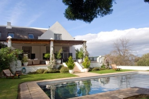 The beautiful Villa Steenhuis, a traditional manor house in Constantia.