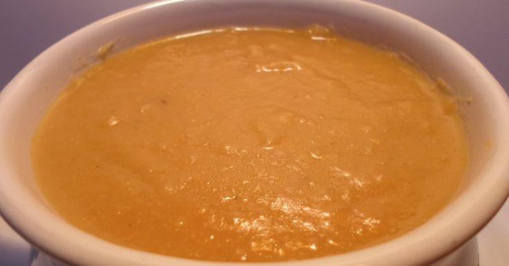 شوربة العدس بطعم خيالي في المنزل من العدس الاصفر مع البصل و الثوم و الطماطم و الجزر و طشة الثوم للحصول على طعم خيالي لا يقاوم Lentil Soup Food Lentils
