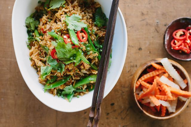 vegan fried rice with peas + chilli recipe