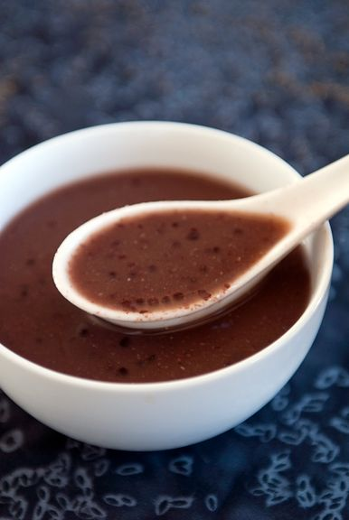 now that I've found the red bean[by some miracle], this will be my dessert! It evokes childhood memories of eating in Chinese restaurants and having this as a complimentary dessert.真的!